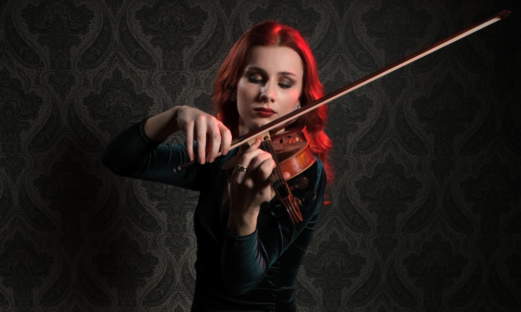 Hannah Bethan Roper - Violin